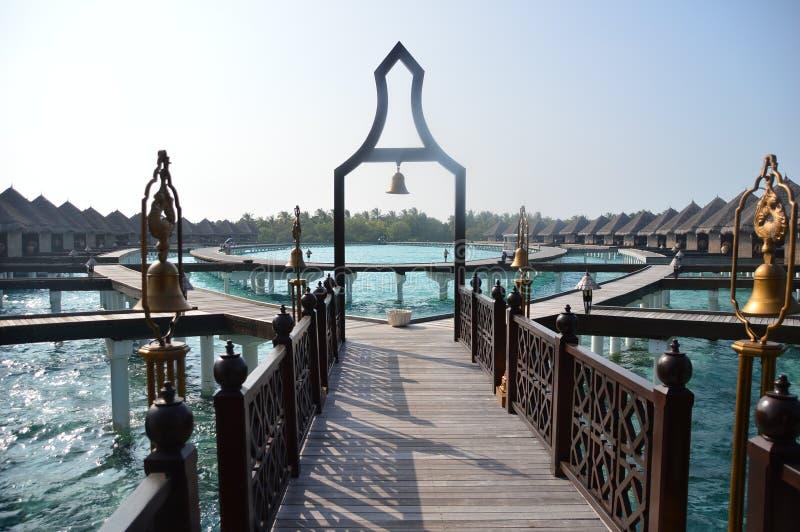 Hotel en el centro turístico y el balneario del exotica de Maldivas Taj fotografía de archivo libre de regalías