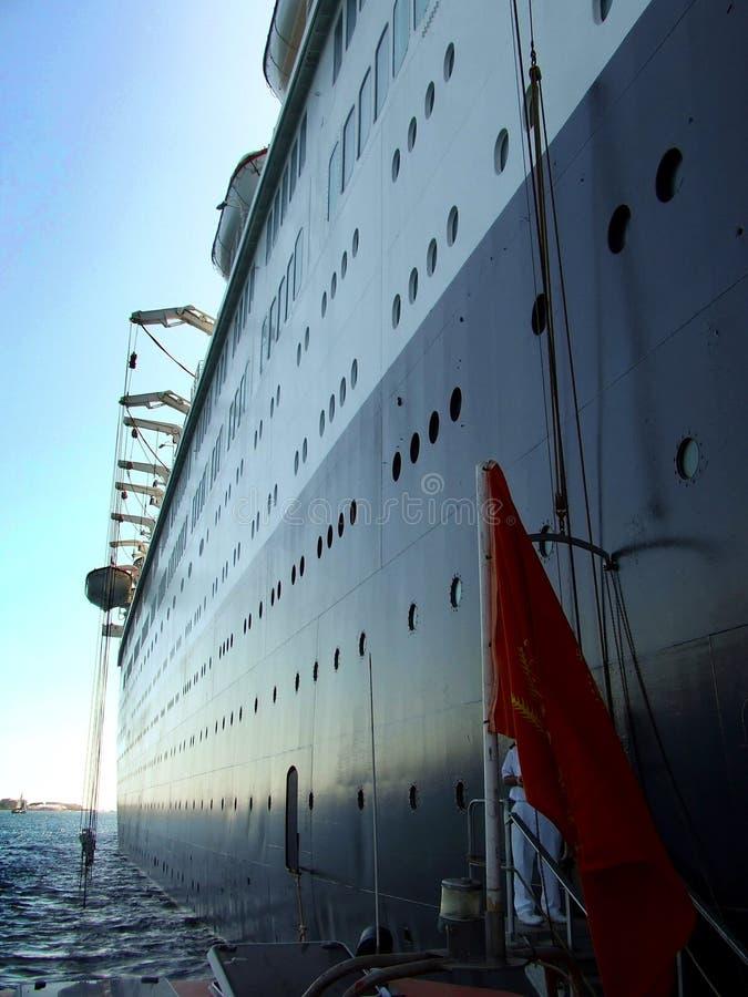 Hotel en el mar imagenes de archivo
