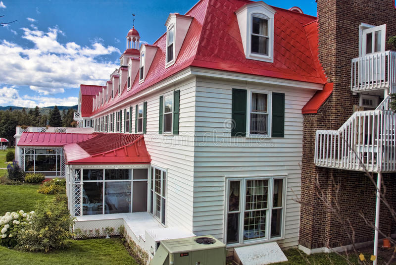 Hotel en Tadoussac, Quebec imagen de archivo