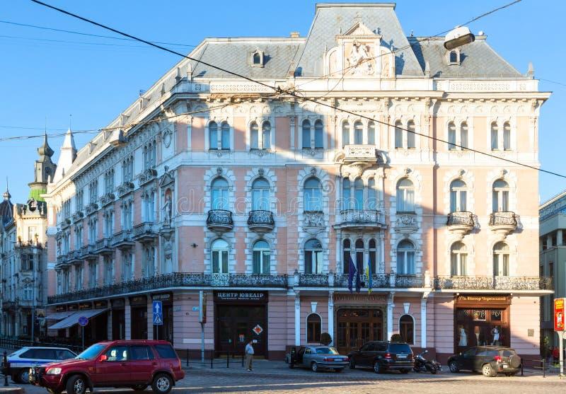 Hotel George en la ciudad de Lviv, Ucrania fotografía de archivo
