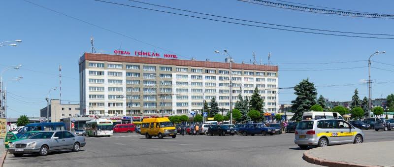 Hotel Homiel'sul quadrato di Privokzalnaya, Homiel', Bielorussia immagine stock libera da diritti