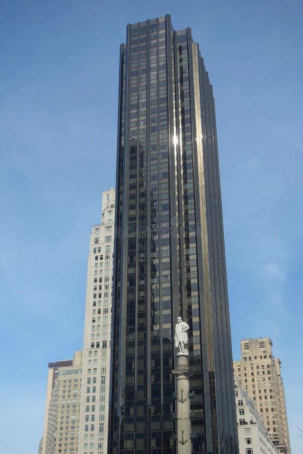 Hotel internacional e torre do trunfo imagens de stock