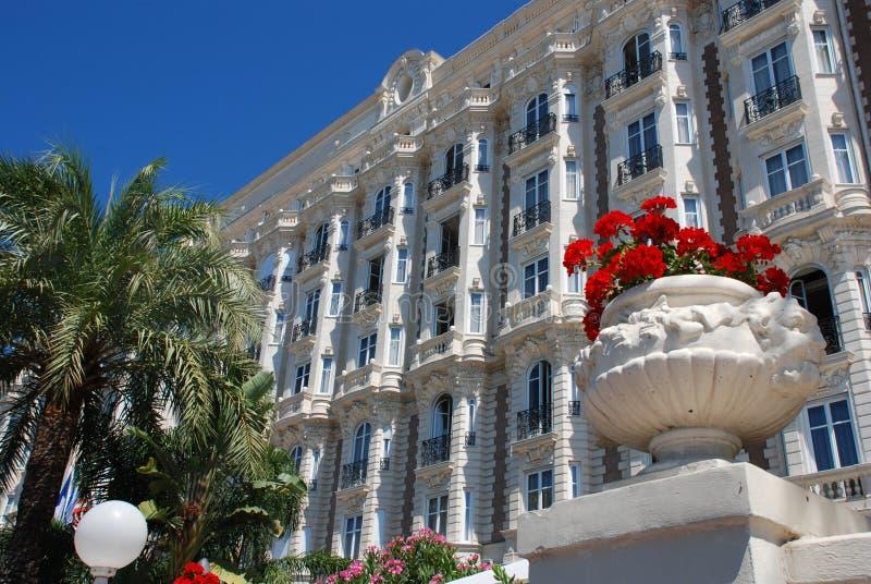 Hotel luxuoso em Cannes fotos de stock
