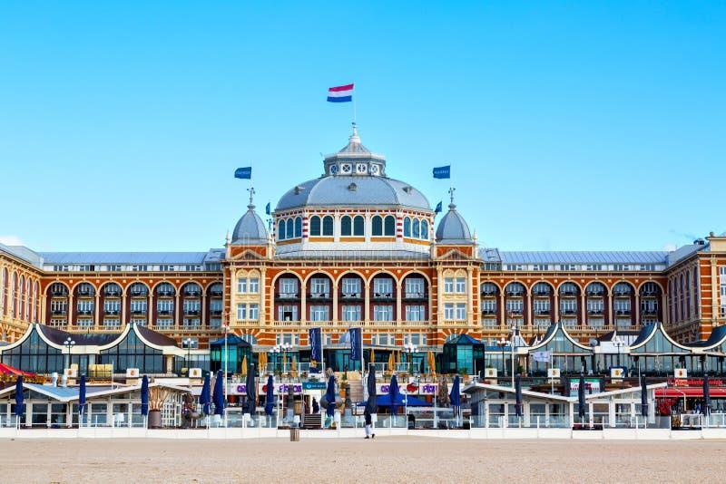 Hotel magnífico famoso Amrath Kurhaus en la playa de Scheveningen, La Haya, Países Bajos fotografía de archivo libre de regalías