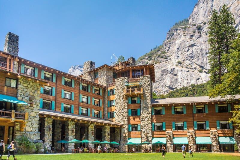Hotel majestuoso de Yosemite Ahwahnee foto de archivo