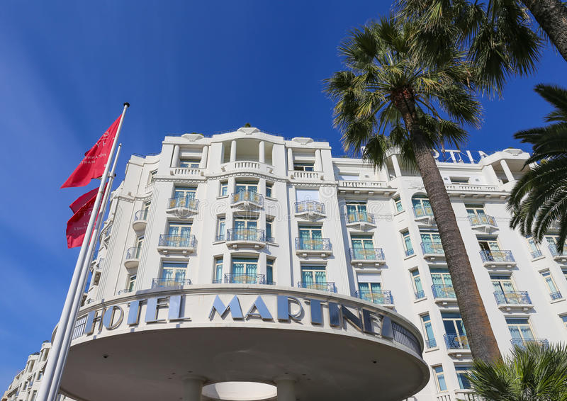 Hotel Martinez di Grand Hyatt Cannes a Cannes al Croisette fotografia stock libera da diritti