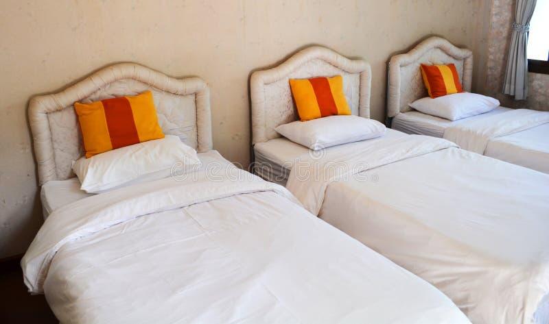 Hotel mit drei Betten stockfoto