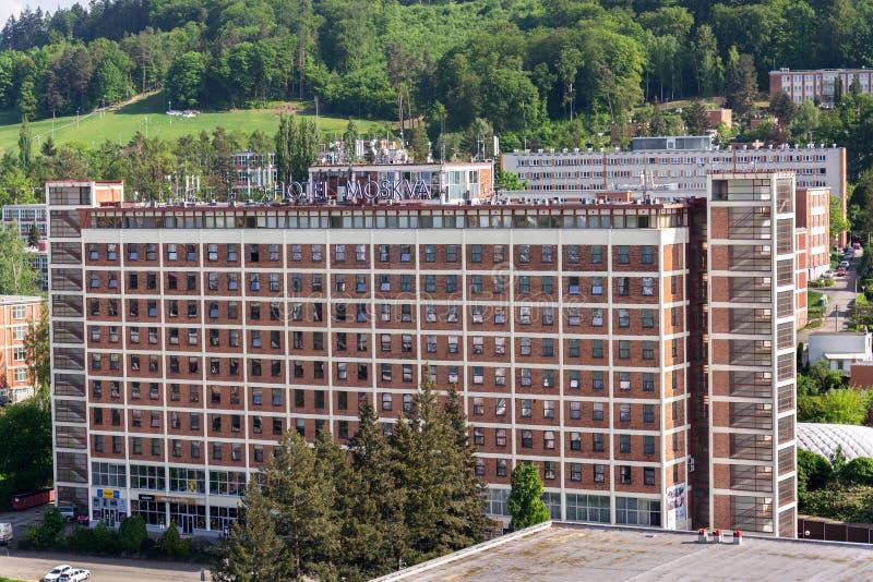 Hotel Moskva en Namesti Prace en Zlin, República Checa fotos de archivo