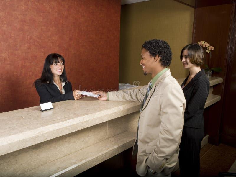 Hotel - osoba w podróży służbowej zdjęcia royalty free