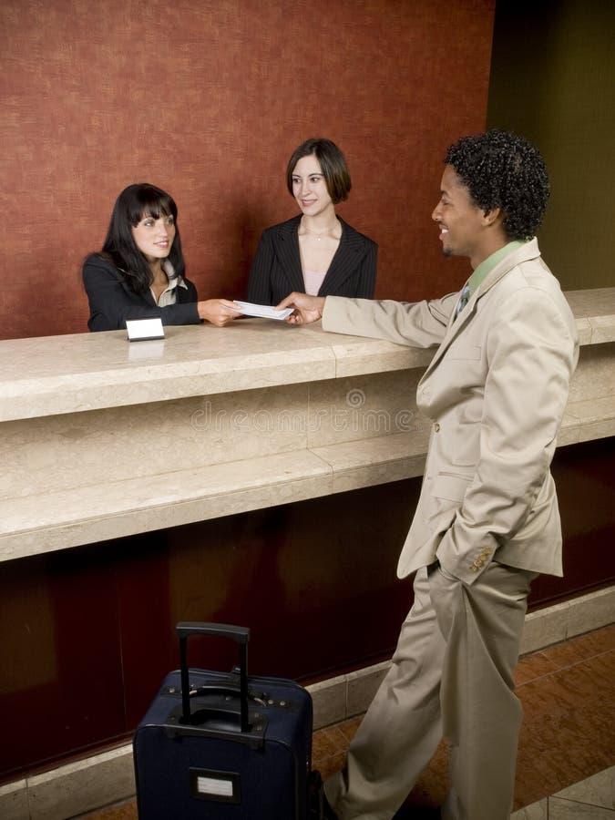Hotel - osoba w podróży służbowej obrazy stock