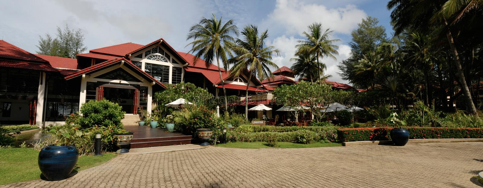 Download Hotel Poolside Thai Architecture Stock Image - Image: 21992059