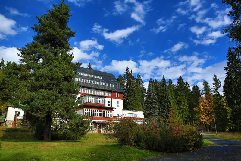 Hotel Rixi, Zelezna Ruda, Boemerwald, República Checa de Sumava imagen de archivo libre de regalías