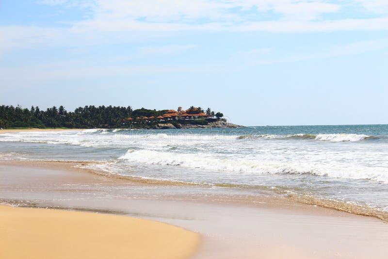 Hotel Saman Villas de la playa de Bentota foto de archivo