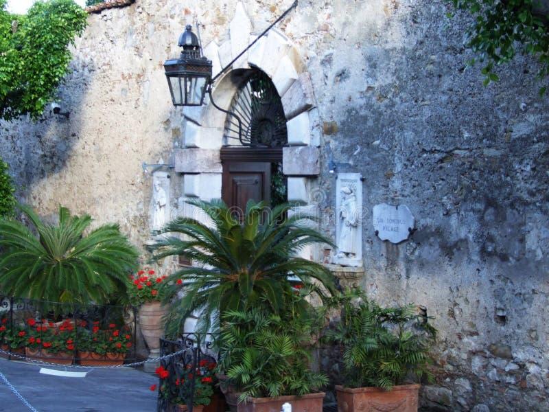 Hotel San Domenico-Taormina-Sicilien-Italien - Creative Commons av gnuckx royaltyfri foto