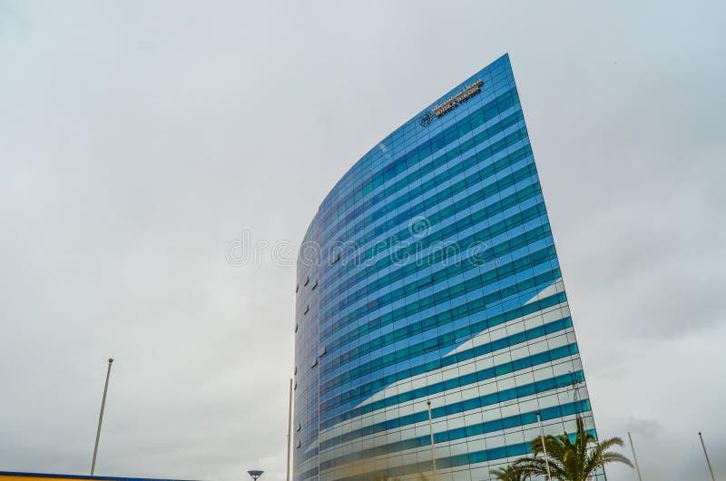 Hotel sheraton Oran und Palme stockbilder