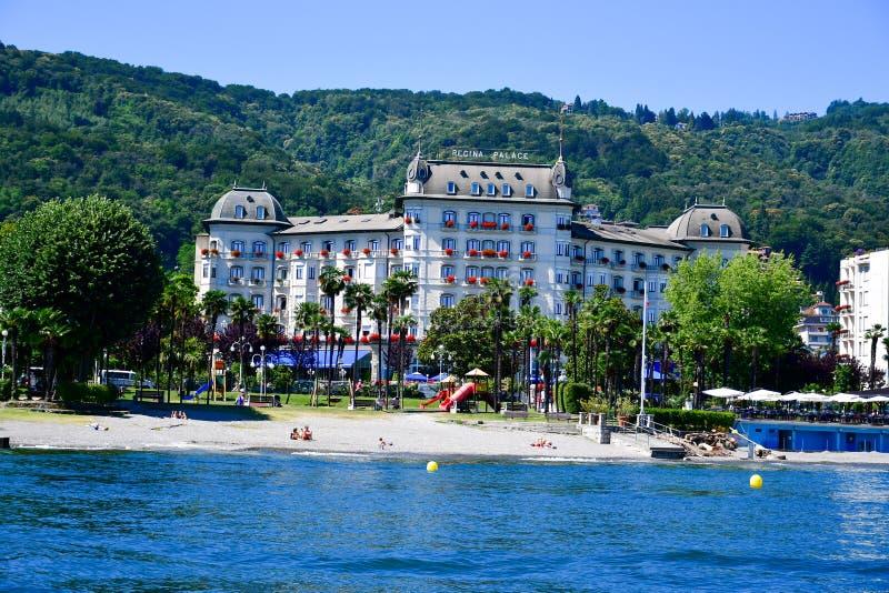 Hotel in Stresa op Maggiore-Meer, Italië royalty-vrije stock afbeelding