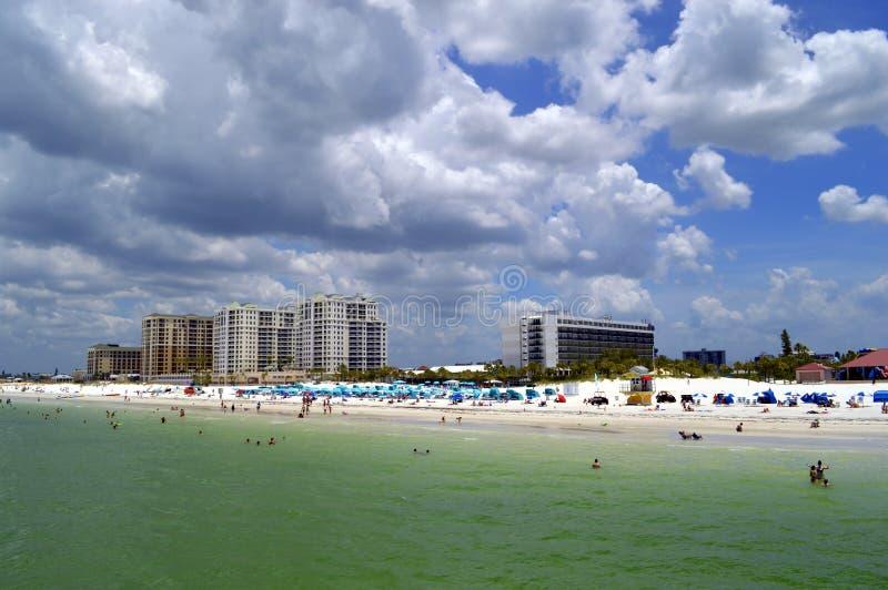 Hotel sulla spiaggia di Clearwater in Florida fotografia stock libera da diritti