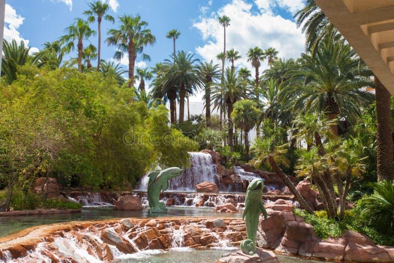 Hotel Vegas da miragem da cachoeira fotografia de stock royalty free