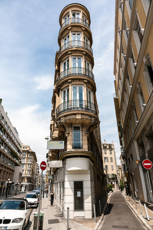 Hotel velho com arquitetura interessante fotos de stock royalty free
