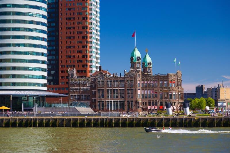Hotel w Rotterdam portu terenie fotografia stock