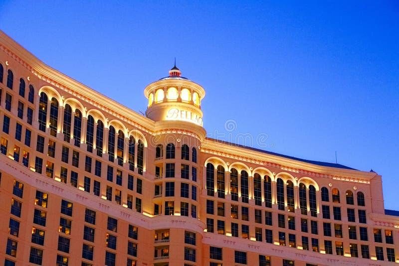 Hotel y casino de Bellagio con la cubierta superior del exterior de la corona imágenes de archivo libres de regalías