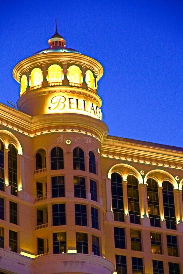 Hotel y casino de Bellagio con la cubierta superior del exterior de la corona fotografía de archivo