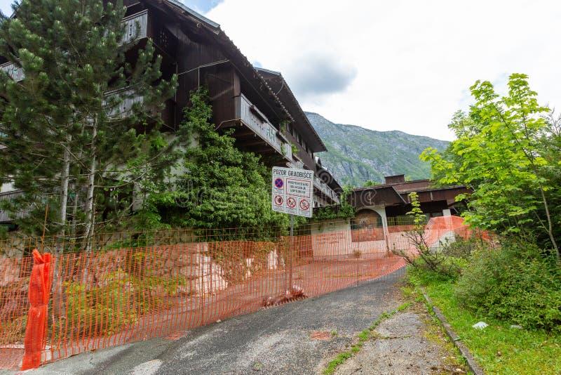 Hotel Zlatorog am Dorf des Sees Bohinj und Ukanc stockfotografie