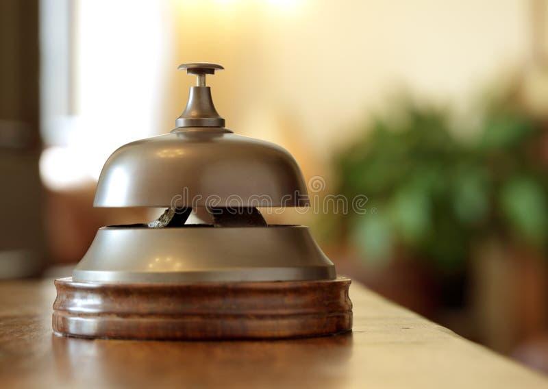 Hotelaufnahmeservice-Glocke stockbild