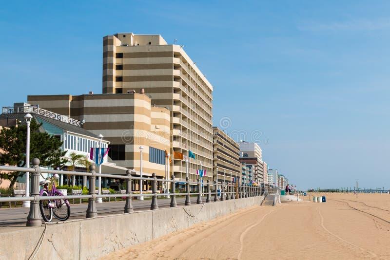 Hoteles Line Oceanfront en Virginia Beach fotografía de archivo libre de regalías