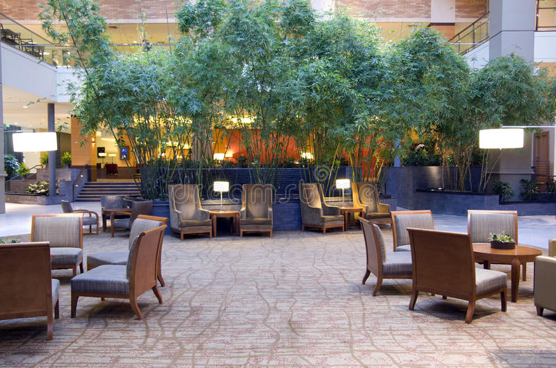 Hotelhal van Grote Hyatt Bellevue stock foto
