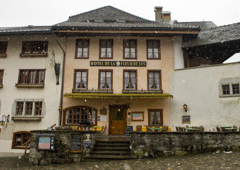 Hotell i Gruyeres, Schweiz royaltyfri fotografi