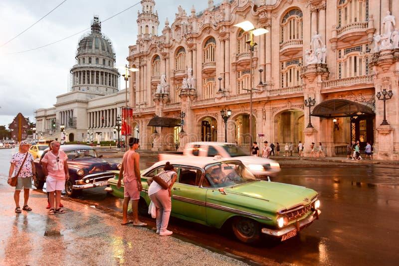 Hotell Inglaterra - havannacigarr, Kuba royaltyfri fotografi