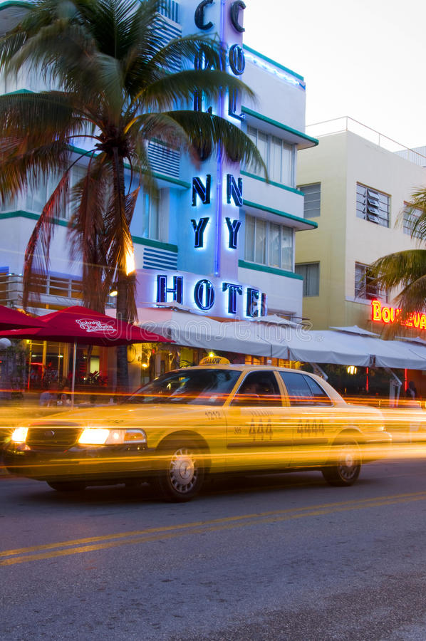 Hotell Södra Miami För Konststranddeco Redaktionell Arkivbild