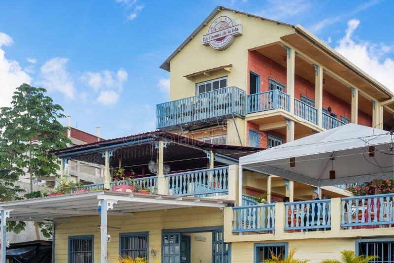 Hotella Casona de la Isla in Flores, Guatemala stockfotos