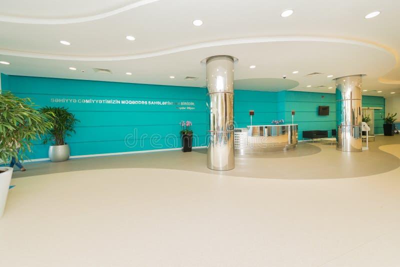 Hotelllobby med modern design royaltyfri fotografi