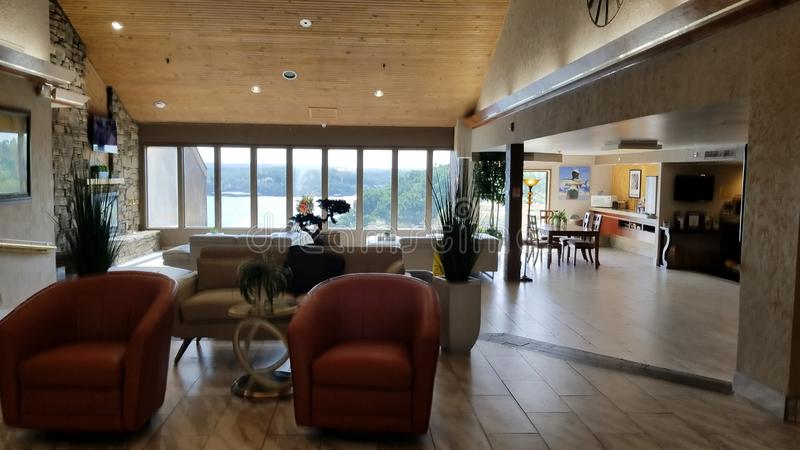 Hotelllobby på sjön av Ozarksen royaltyfria foton