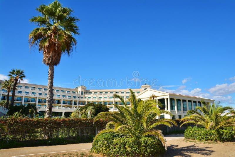 Hotelowe Las areny na Malvarrosa wyrzucać na brzeg w Walencja obraz royalty free