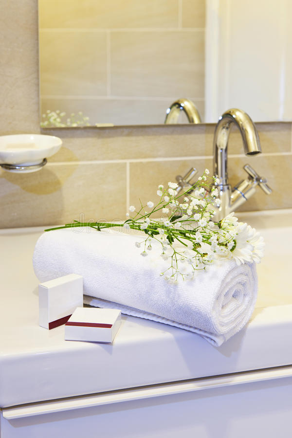 Hotelowi ręczniki zdjęcie royalty free
