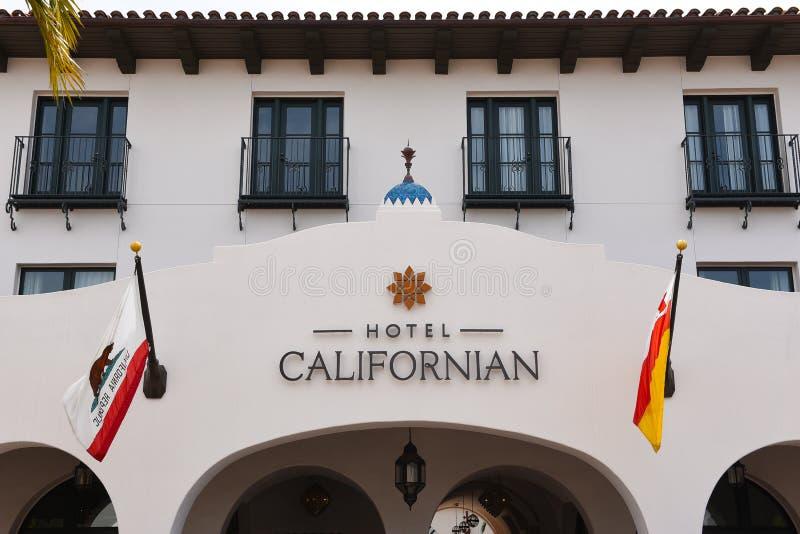 Hotelowy kalifornijczyk uwypukla luksusowych pokoje i panoramicznych widoki linia brzegowa i Santa Ynez góry fotografia royalty free