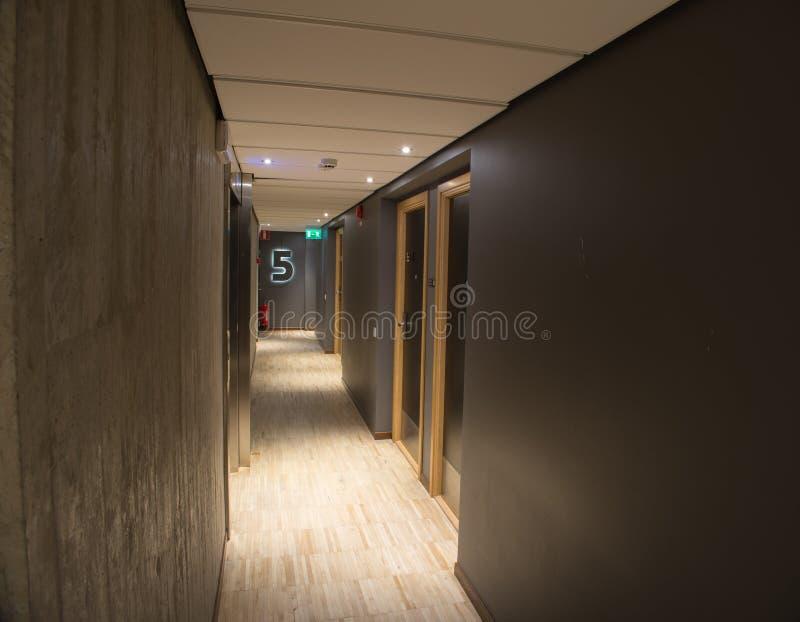 Hotelowy korytarza wnętrze obrazy royalty free