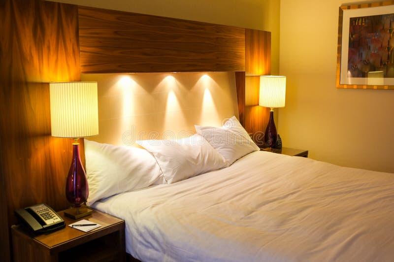 Hotelslaapkamer stock foto's