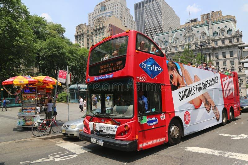 Houblon guidé de New York sur l'houblon outre de l'autobus à Manhattan photo libre de droits