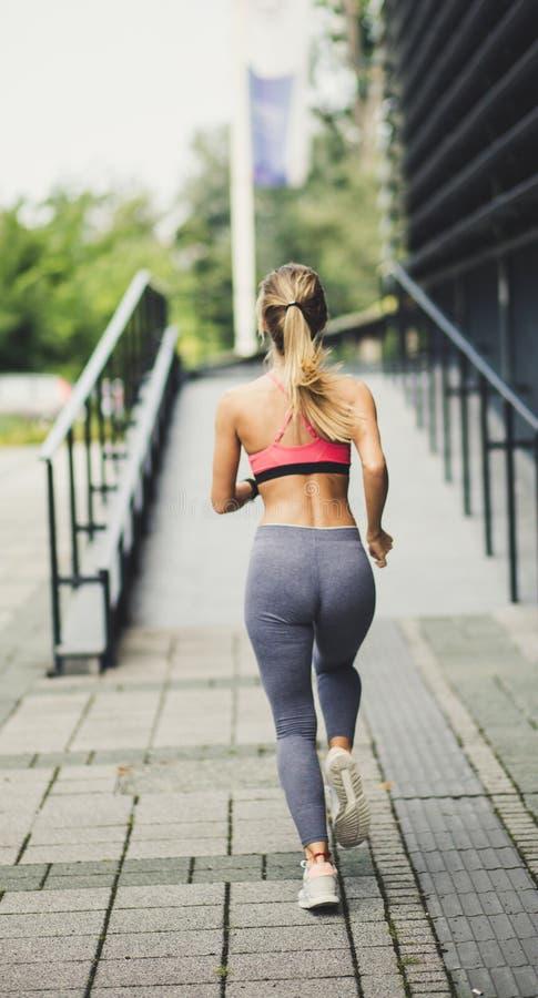 Houd uw lichaam in goede vorm stock foto