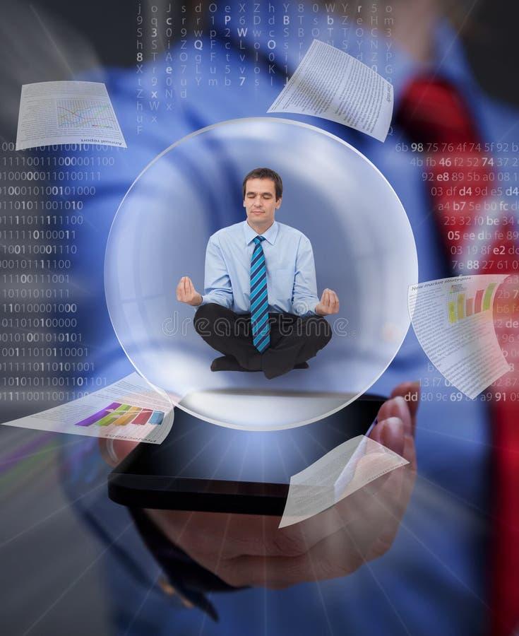 Houd uw saldo in de digitale informatieoverbelasting stock afbeelding
