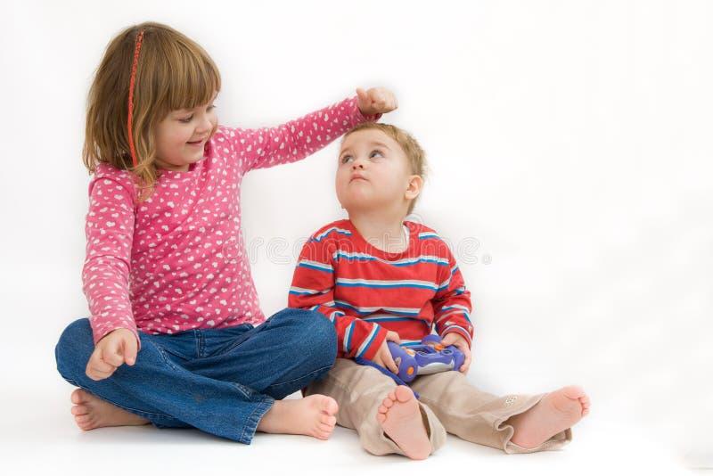 Houdende van siblings royalty-vrije stock fotografie