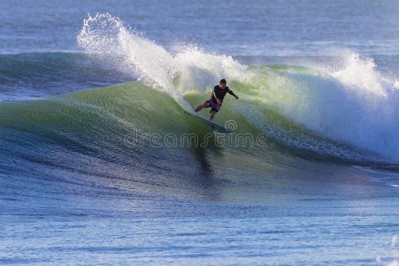 Houle de jet de virage de surfer image stock