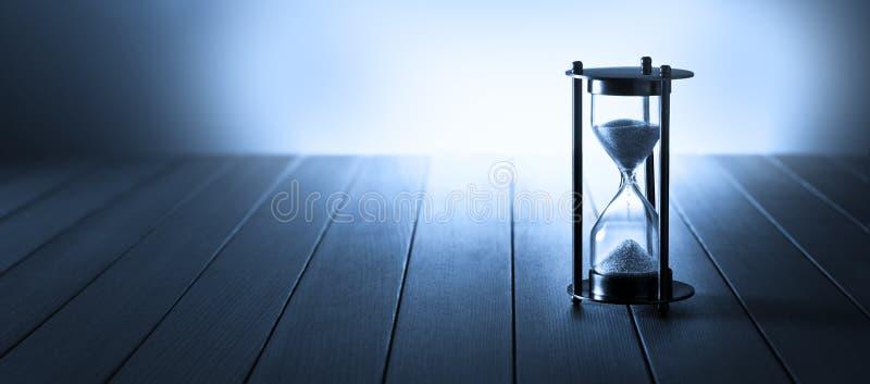 Hourglass czasu sztandaru tło obrazy royalty free