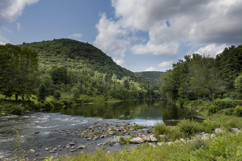 Housatonic-Fluss in West-Cornwall, Connecticut stockbilder