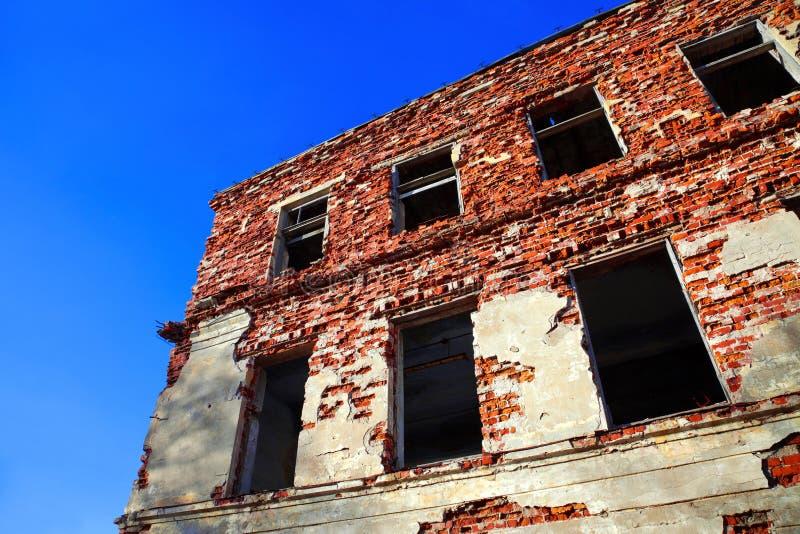 House-2 arruinado fotos de archivo