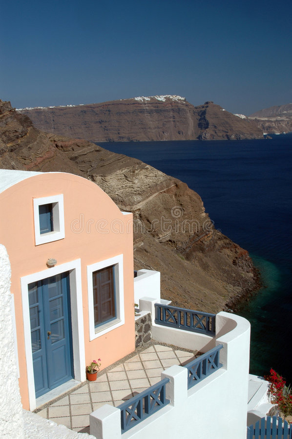 Download House In Cliff Stock Image - Image: 1422291